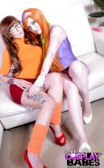 Sexy clothed cosplay lesbian girls Elouise & Harmony Reigns eating pussy