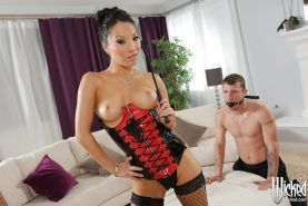 Fantastic cowgirl Asa Akira is ready to have the best sex in her stockings