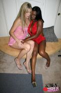 Jada Fire and Ciera Sage in Interracial lesbian sex