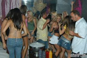 Insanely hot babes gettin dirty in the vip room of the club in these pix