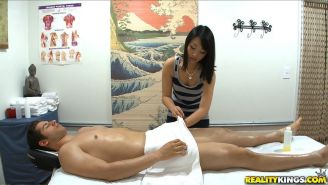 Cock riding Asian gives happy ending handjob in massage parlor