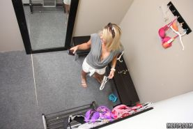 Babe caught on spycam while fucking in the dressing room