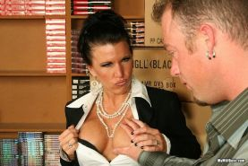 Milf boss Kendra Secrets in anal hardcore sex at work