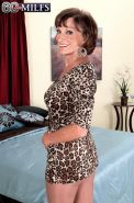 Older Milf Whore Posing In Pantyhose Just For You