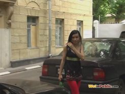 Public leggings drenching by a wench who needed to piss desperately
