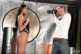 Simony Diamond gets her ass hole fucked by the photographer cock