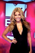 Sylvie van der Vaart showing huge cleavage at the 2013 MTV EMA's in Amsterdam