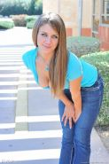 Teen in tight jeans and little thong spreads her legs