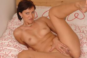 Old Babes, Moms and Milfs, Mature Women and Senior Ladies in action at Kinky Mat