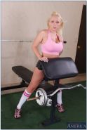 Athletic porn star Angel Vain fucking her personal trainer in the gym