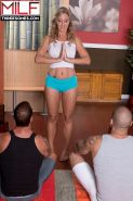 Mature Jenna Covelli is good yoga and sex instructor