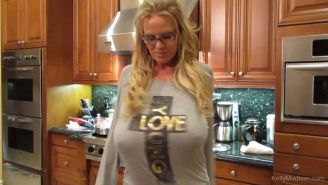 Milf Kelly Madison does the kitchen and her hubby