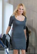 Pamela Anderson showing her great ass in tight mini skirt paparazzi pictures