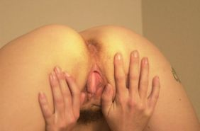 Hairy mature tart fingers pussy and shows ass on webcam #70644305