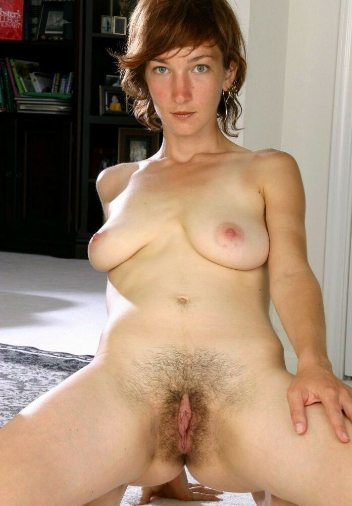 Hairy pussy girls posing gallery 4 #77291073