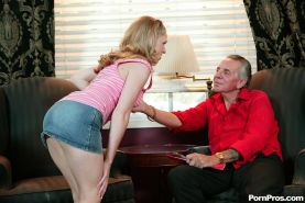 Young nympho Laci Laine lusts for filthy old mans dick
