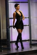 Halle Berry in fuck me boots and exposing her nice tits