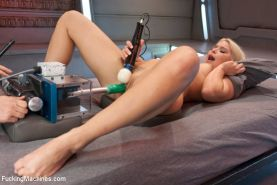 Anikka Albrite gets fucked by machines