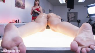 Dana Dearmond has stumbled upon an interactive art exhibit where she can paint h