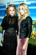 sexy petite twins Mary Kate and Ashley Olsen slight nudes and see thrus
