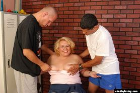 Blonde BBW Threesome Groupsex