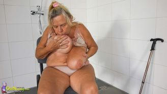 the best old and milf lesbian sex #75123243