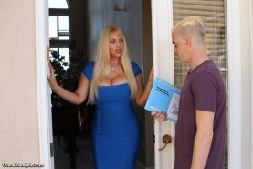 Milf Karen Fisher wanks the delivery guy while her hubby is away