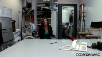 Veronica Avluv squirts in a backroom