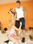 Lexi Belle fucked during her workout