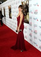 Juliette Lewis braless showing pokies at the 'August: Osage County' premiere dur