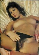 Linda Lusardi shows her body,cunt and ass in seductive poses sexsi