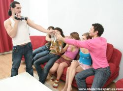 Drunk students get wild fuck orgy after college