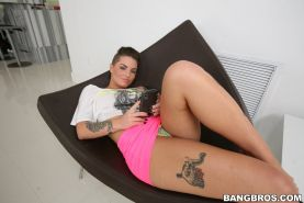 Christy Mack having a good time with her two girlfriends