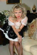 Kinky maid Sue giving foot job