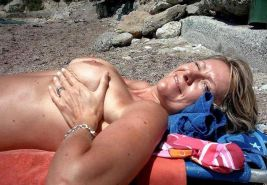 Hot wifes and milfs outdoor