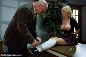 Madison Scott dresses slutty to get her teacher's attention which leads to a tab