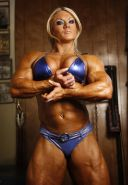 Female Bodybuilder goes full nude after hard gym workout