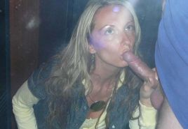 Picture gallery of an amateur horny chick giving hot head