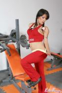 Latina tranny getting naked at her gym