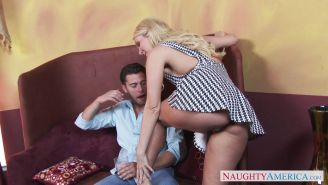 Blonde bombshell Aaliyah Love pounded in her love holes