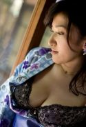 Big tit curvy japanese girls get naked
