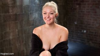Jenna Ivory blonde Marilyn Monroe look a live is bound and made