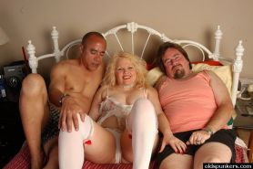 Chubby Blonde Mom Double Dicked by Friends