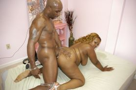 Fat black pornstar gets fucked