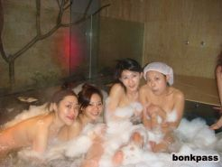 Plenty of Chinese girlfriends in bath house