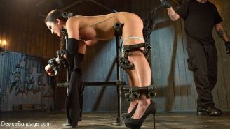Virginia Tunnels bound in metal and spanked made to squirt by Th