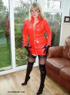 Fetish Wife in latex and stockings