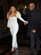 Mariah Carey showing huge cleavage at The Empire State Building 20th Annual Vale