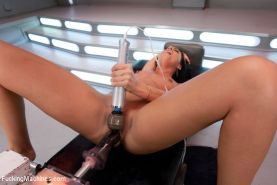 Tiffany Brookes all natural girl machine fucked until she cums