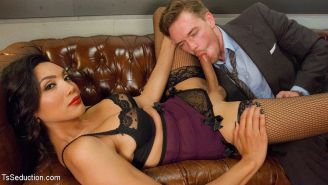 Yasmin Lee ts secretary office fucks her boss Lucas Knight in his ass and mouth